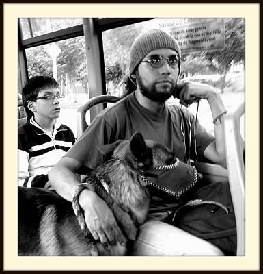 Dernier Photograph - Dog And People by Daniel Gomez
