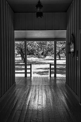 Lyndon Photograph - Dog Trot At Lbj Birthplace Bw by Joan Carroll