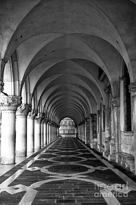 Photograph - Doge's Palace Dimensions by John Rizzuto