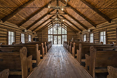 Log Cabin Interiors Photograph - Dogwood Canyon Wilderness Chapel by David Waldo
