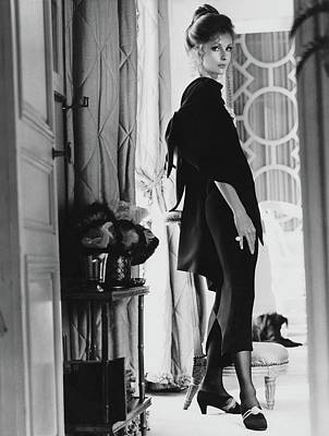 Dolores Photograph - Dolores Guinness Wearing Givenchy by Henry Clarke