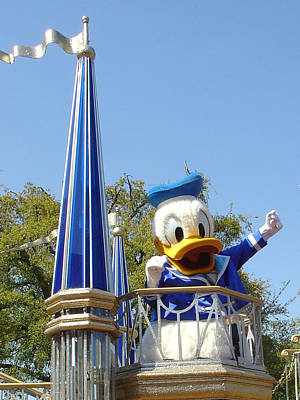 Photograph - Donald On Parade by David Nicholls