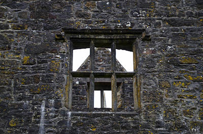 Irish Photograph - Donegal Castle Window by Bill Cannon