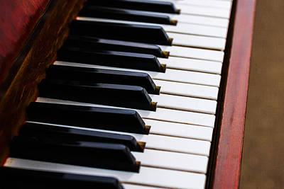 Gold Pattern - Dont Shoot The Pianist 2 by Alexander Senin