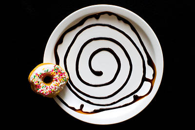 Plate Photograph - Donut Swirl by Rick McKee