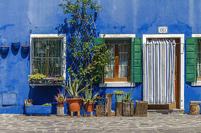 Photograph - Door And Windows 261 by Roberto Pagani