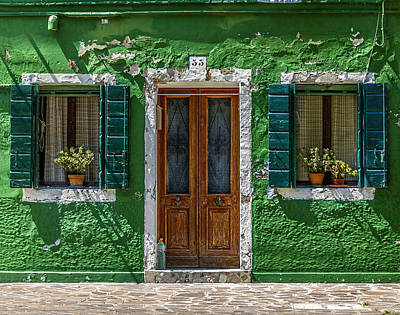 Photograph - Door And Windows 55 by Roberto Pagani