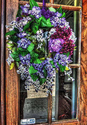 Photograph - Door Wreath - Hdr by Cathy Jourdan