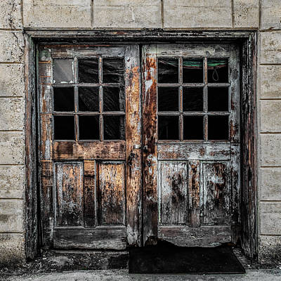 Color Block Photograph - Doors In Decay by Fussgangerfoto