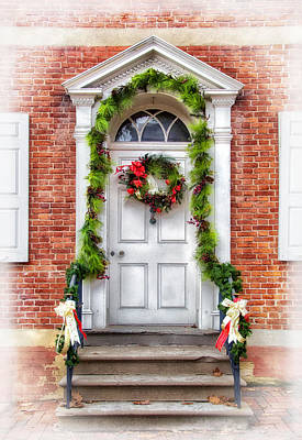Photograph - Doorway At Christmas by Carolyn Derstine