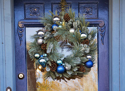Christmas Holiday Scenery Photograph - Doorway To Christmas by Kenneth Albin