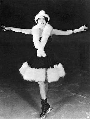 Dorothy Photograph - Dorothy Sebastian On Ice by Underwood Archives