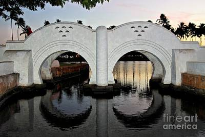 Double Arch Ala Moana Art Print