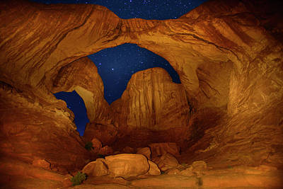 Double O Arch Photograph - Double O Arch At Night by Raul Touzon