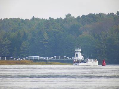 Photograph - Doubling Point Light Maine by Gene Cyr