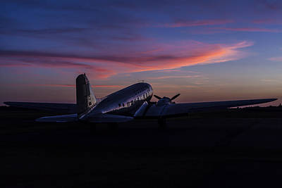 Photograph - Douglas Dc-3 Sunrise by Amber Kresge