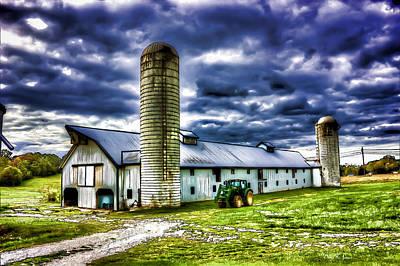 Silo Photograph - Down On The Farm - Kentucky Farm by Barry Jones