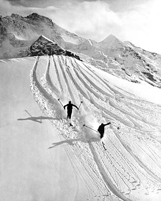 Downhill Skiing In Powder Print by Underwood Archives