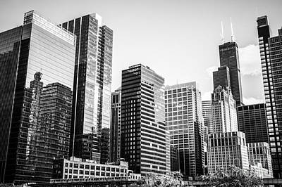 Downtown Chicago Buildings In Black And White Art Print by Paul Velgos