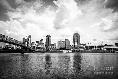 Roebling Bridge Photograph - Downtown Cincinnati Skyline Black And White Picture by Paul Velgos