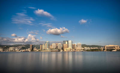 Photograph - Downtown Honolulu by Tin Lung Chao