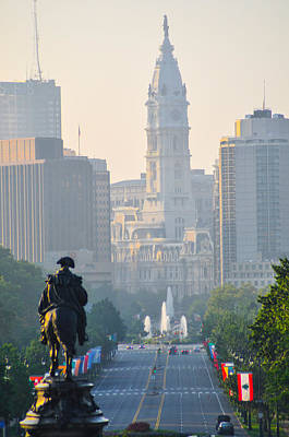 Downtown Philadelphia - Benjamin Franklin Parkway Print by Bill Cannon