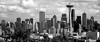 Photograph - Downtown Seattle Panorama Black And White by Ricardo J Ruiz de Porras