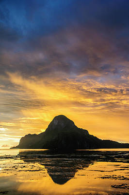 Dramatic Sunset Light Over The Bay Art Print