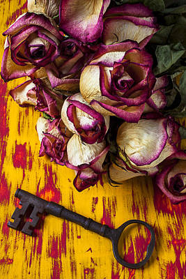 Dried Pink Roses And Key Art Print by Garry Gay