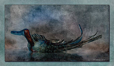 Photograph - Driftwood Duck by WB Johnston