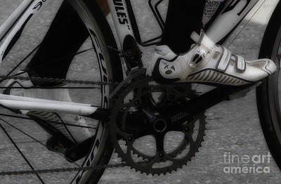 Athlete Photograph - Driving The Chain by Steven Digman