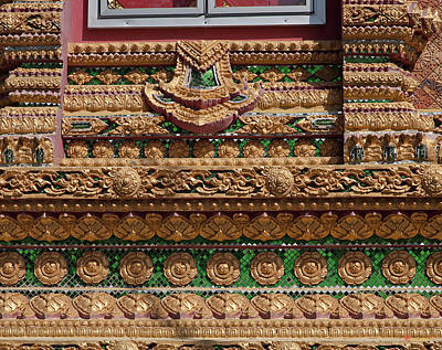 Photograph - Dthu159wat Na Kwai Ubosot Wall Detail Dthu159 by Gerry Gantt