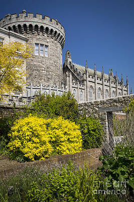 Featured Tapestry Designs - Dublin Castle by Brian Jannsen