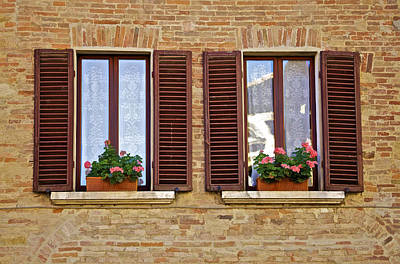 Dueling Windows Of Tuscany Art Print
