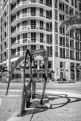 Owner Photograph - Duenos Do Las Estrellas Sculpture - Downtown - Miami - Black And White by Ian Monk