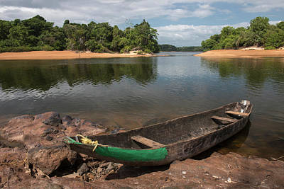 Dugouts Photograph - Dugout Canoe Fairview, Iwokrama by Pete Oxford