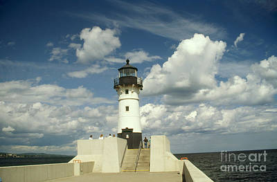 Duluth Photograph - Duluth North Breakwater Lighthouse, Mn by Bruce Roberts