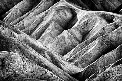 Photograph - Dune Patterns In Death Valley by John Rizzuto