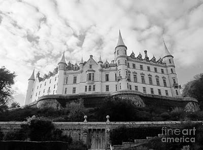 Photograph - Dunrobin Castle by Sharron Cuthbertson