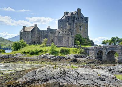 Photograph - Eilean Donan Castle by Alan Toepfer