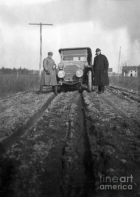 Carriageway Photograph - Dupont Highway Construction, 1910s by Hagley Archive