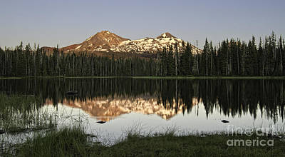 Photograph - Dusk In The Cascades by Stuart Gordon