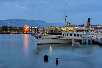 Geneva Photograph - Dusk Over Geneva Lake by Patrick Jacquet