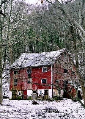 Photograph - Pennsylvania Dusting by Michael Hoard