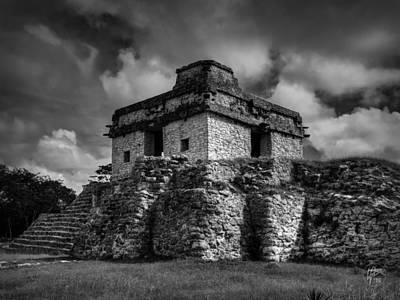 White Photograph - Dzibilchaltun - Temple Of The Seven Dolls 002 Bw by Lance Vaughn