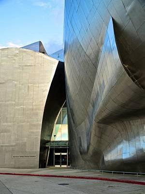 Photograph - E M P Museum 4 by Ricardo J Ruiz de Porras