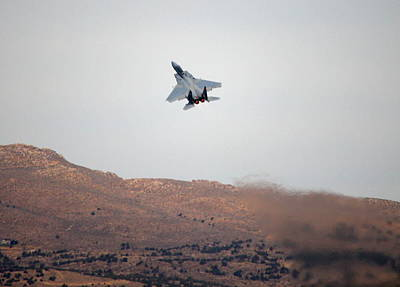 F15 Wall Art - Photograph - Eagle Takeoff by Saya Studios