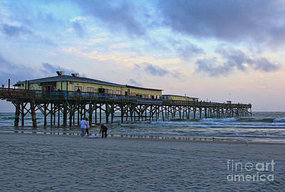 Early Morning At Sun Glow Pier Art Print