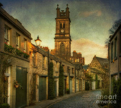 Street Lamps Digital Art - Early Morning Edinburgh by Lois Bryan