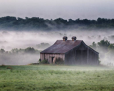 Photograph - Early Morning In The Mist Standard by Leah Palmer
